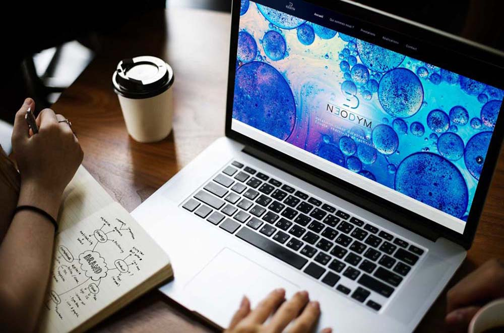 Digital laptop device